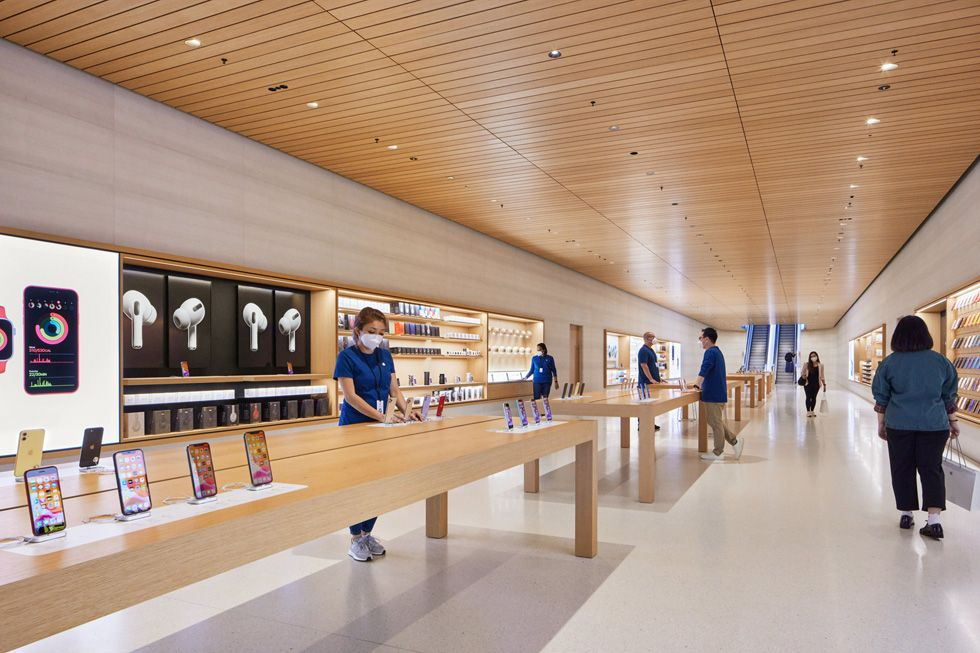 Apple Stores will still need masks, and other safety measures COVID-19