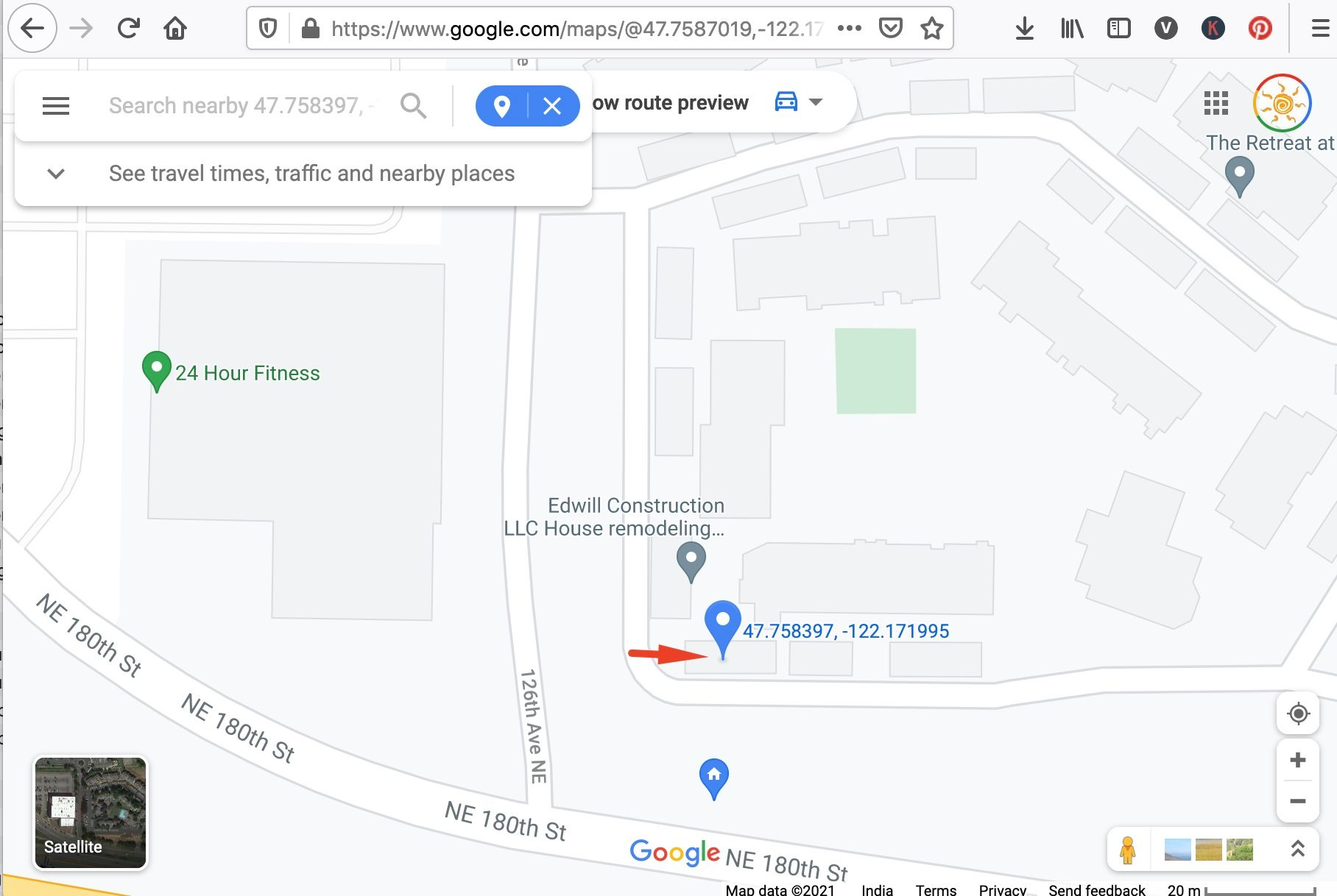 Google Maps: How to identify the location coordinates on mobile and desktop