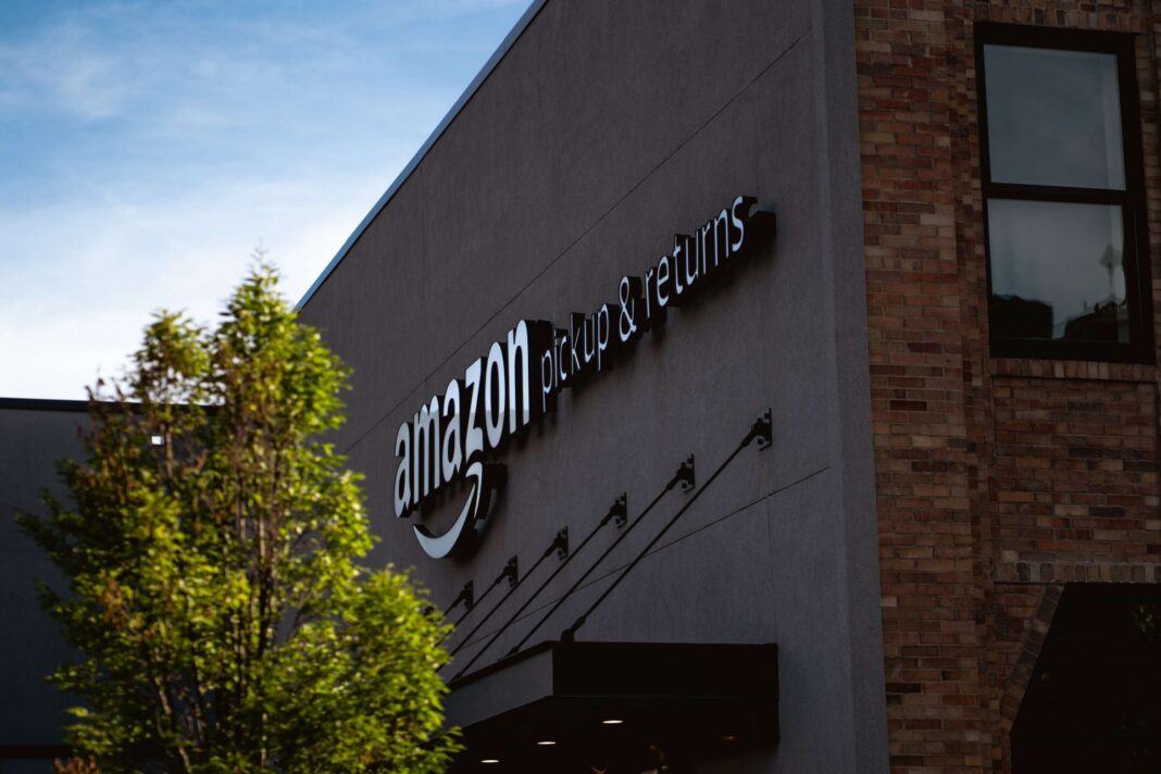 Amazon to Hire Thousands of Jobs for Global Expansion Plans